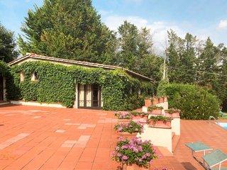 2 bedroom Villa in Selvamaggio, Tuscany, Italy : ref 5656852