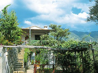 2 bedroom Apartment in Soviore, Liguria, Italy - 5654963