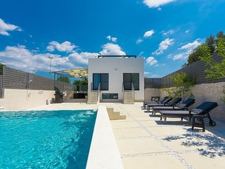 3 bedroom Villa in Veli Vrh, Istria, Croatia : ref 5656842