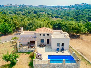 Villa Asterion with private swimming pool