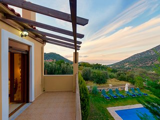 Villa Armonia with private swimming pool
