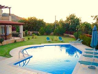 Villa Dafni with private swimming pool