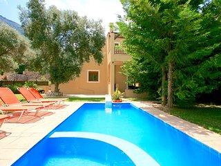 Family Villa Bali with 2 private swimming pools