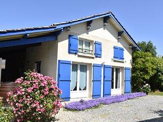 Maison dans le vignoble de Bourg