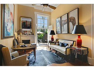 French Quarter Pied a Terre with Private Courtyard/Pool