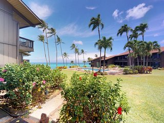 NEW LISTING! Waterfront condo w/ shared pool & ocean view - close to the beach