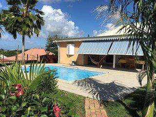 LADOLI Belle villa avec piscine au carrefour des plages du sud