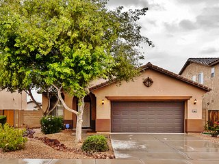 Spacious Maricopa House w/ Private Backyard