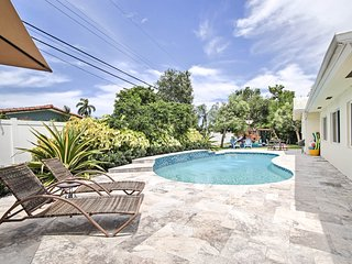 Lighthouse Point Home w/ Pool+Patio - Near Beach!