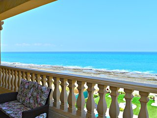 Beach Front Exclusive Luxury Villa - Sea Views - 8 Bedrooms sleeps 24 People