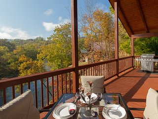 Hiwassee River Retreat