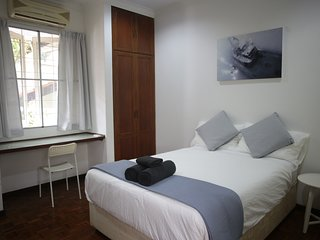Relaxing, Central, Private Pool, FREE Breakfast & Parking (2)