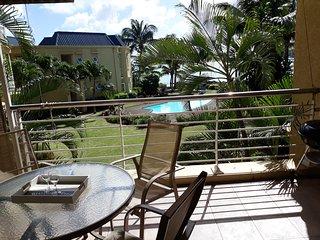 Magnifique appartement avec piscine et plage privee dans residence securisee