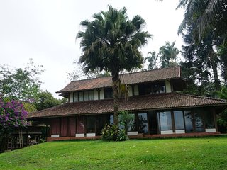 Three Bedroom House on Ft. of Mount Batukaru