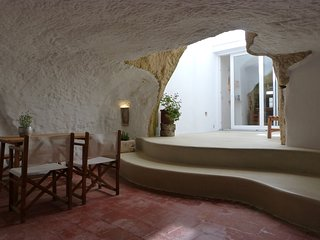 'ES BANYER'  Casa Reformada en casco antiguo