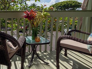 Puamana 9C: Walk to Anini Beach! Sleep great with AC in this updated unit.