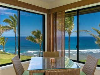 Sealodge G4-king bed and oceanfront views, romantic and private. Pool.
