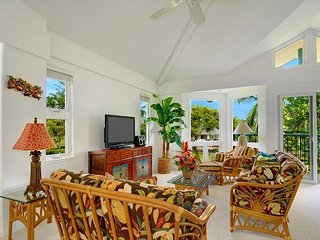 Villas on the Prince 34: Walk to Anini Beach from this upscale townhouse.