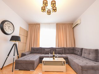 Grand Accommodation - Cismigiu Apartment