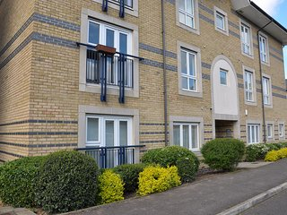 Camstay Longworth Avenue - Two Bedroom