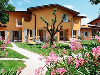 2 bedroom Apartment in Rio Marle, Lombardy, Italy : ref 5655350