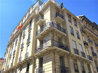 Stylisch renovated apartment in central Nice, 500 M from the Beach