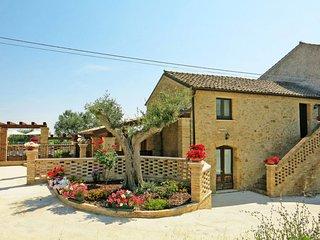4 bedroom Apartment in Villa Formicone II, Abruzzo, Italy : ref 5655332