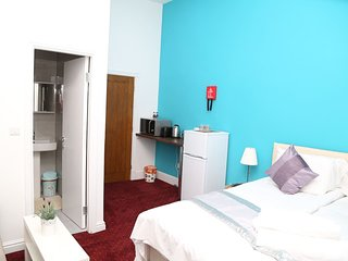 Birmingham Central Station Apartment (Studio 4)