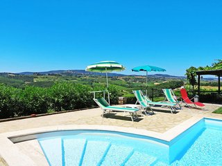 4 bedroom Apartment in Mattone, Tuscany, Italy : ref 5655357