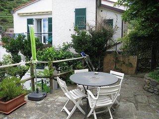 1 bedroom Apartment in Riomaggiore, Liguria, Italy : ref 5443829