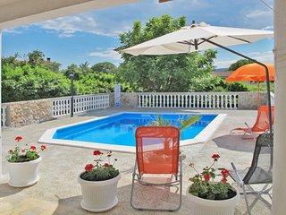 2 bedroom Villa in Pinezici, Primorsko-Goranska Zupanija, Croatia : ref 5654658