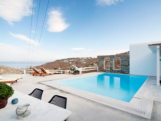Mykonosstay Villa Euterpi, Houlakia for 2-8 people