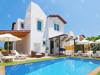 Cyprus Holiday Villa ANAIS Profile