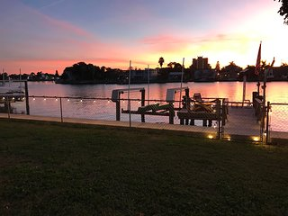 A sunsets and dolphins oh my!     Waterfront, 3/3 dock, boat lift in deep water.