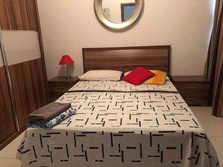 Private Room + Bathroom in Sliema