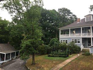Sunset Suite  - Historic Lookout Estate