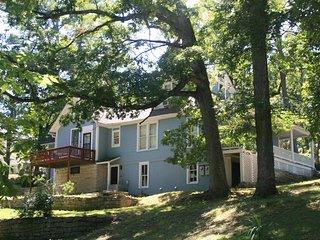 Gorgeous Gatehouse - Historic Lookout Estate