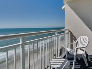 Oceanfront Suite for 8 + Balcony | 18 Fun Water Features On-Site!