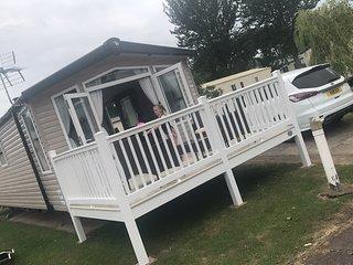 3 bedroomed platinum caravan