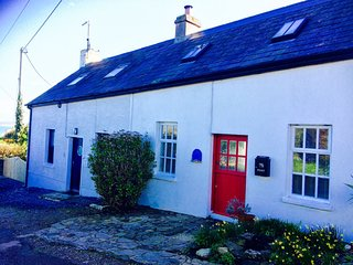 Fisherman's Cottage to Rent in Ballycotton, Co Cork (40 kms from Cork city)