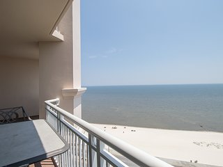 Oversized Balcony Condo w/ WiFi, Beach Views & Resort Pool Access