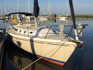 Sailboat at Shelter Cove Marina