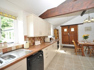 64330 Cottage situated in Ross-on-Wye (5mls SW)