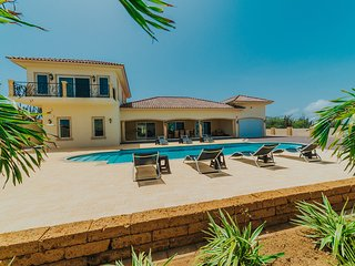 Private 5 ☆ Villa with Amazing Views