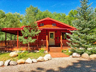 Mountain River Cabin Riverside Hot Tub-Salida, Colorado