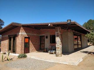 Casa Cuatro Cuartos-Valle de Guadalupe