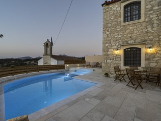 Traditional Stone Villa in Rethymno