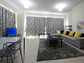 Dubai Holiday Apartment 10577