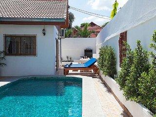 pattaya Holiday Villa 9643
