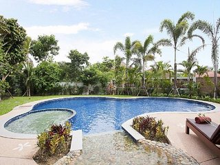 Chiang Mai Holiday Villa 9605